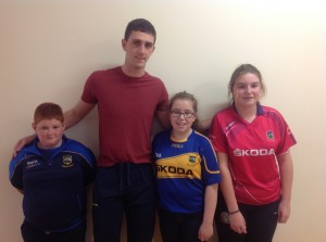 Senior Tipperary hurler and former student Barry Heffernan, on friday with three first year students  Nathan Sheehan Leah Collins Megan Steed